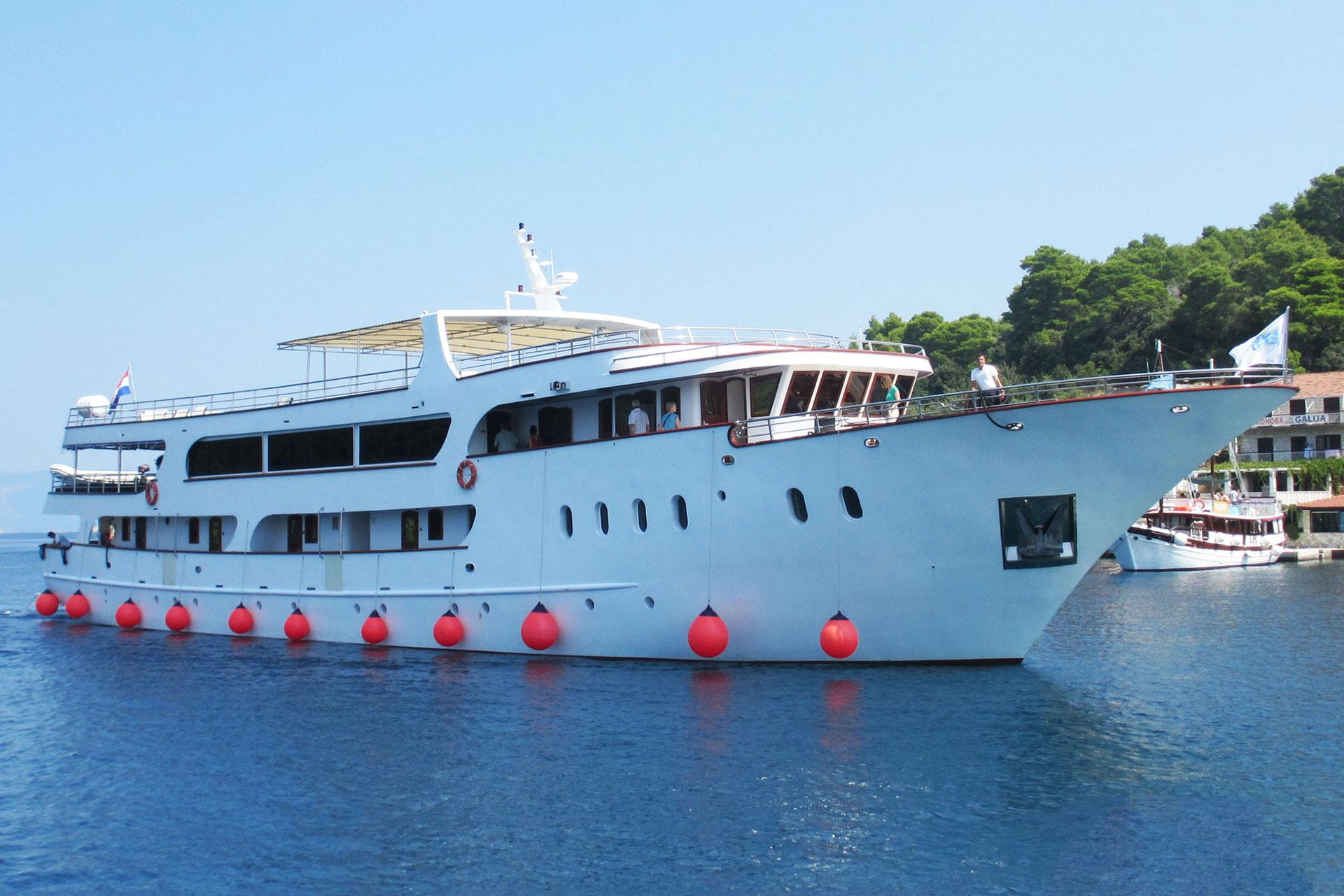 Brod Atlantic